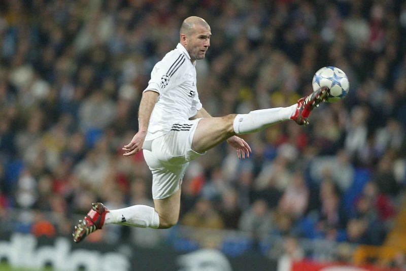 Football history-a Midfielder man to Top 5 te